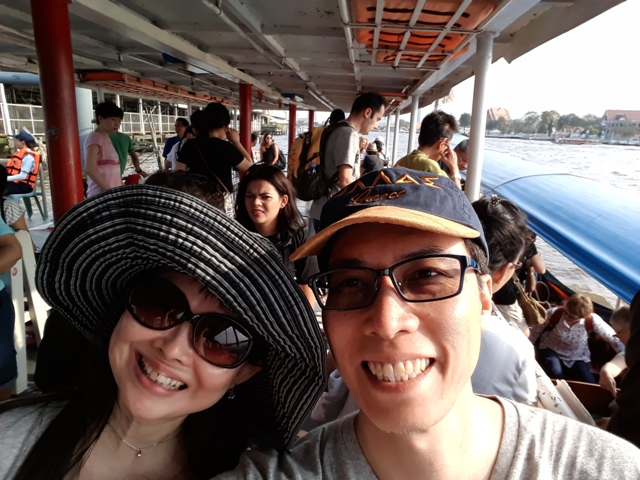 wat-pho-to-wat-arun-ferry8