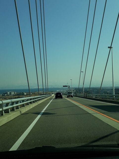 driving-to-shinminato-bridge9
