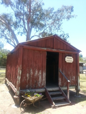 Heritage center10
