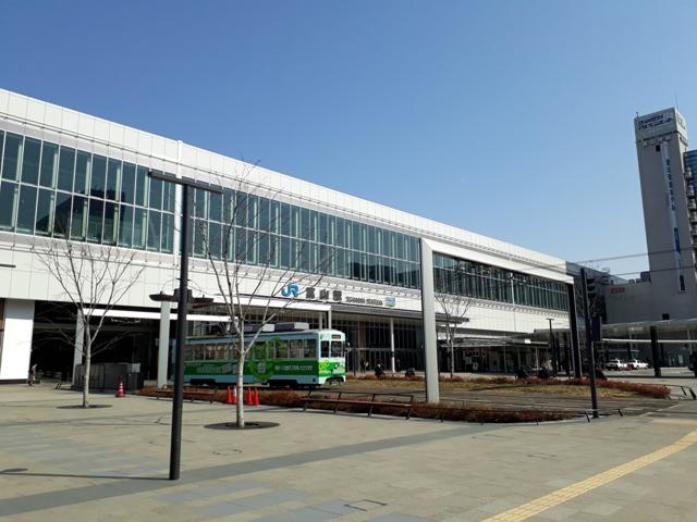 toyama-station1