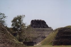 Belize - Xunantunich01