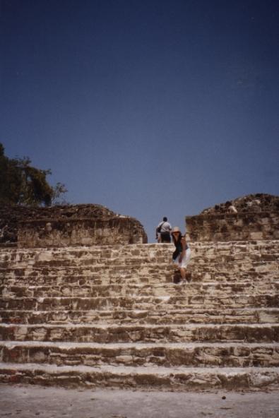Belize - Xunantunich04