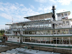 Chena Riverboat05