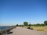 Hudson riverfront walkway10