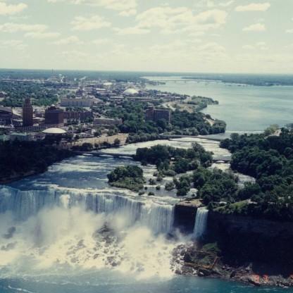 Niagara Falls Towers3