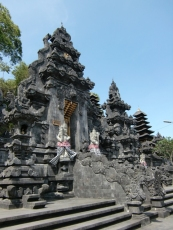 Bat Temple03
