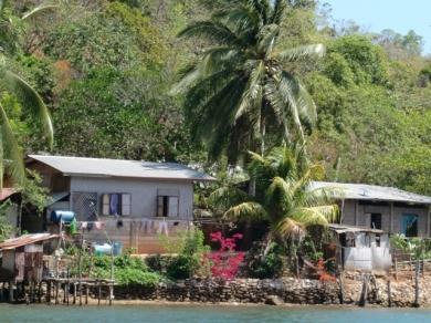 Boat to Dimakya22