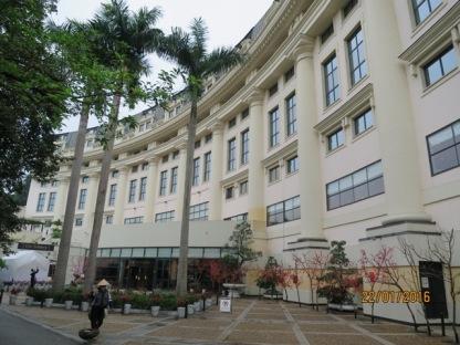 Hilton Hanoi Opera fascade1