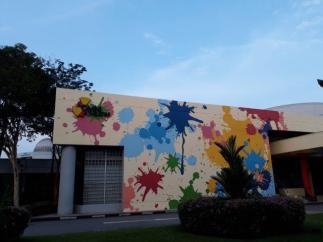Colorful Omni center