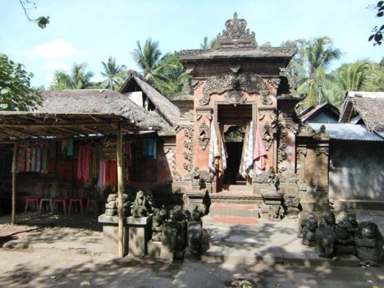 Tengenan village18