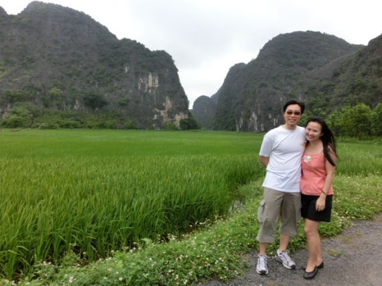 Walk in Trang An ricefields7