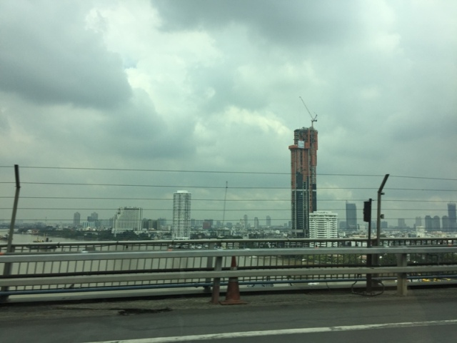 Crossing over Bangkok3
