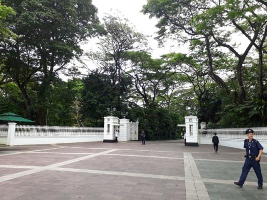 Istana entrance 3