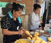 Mango sticky rice stall 4