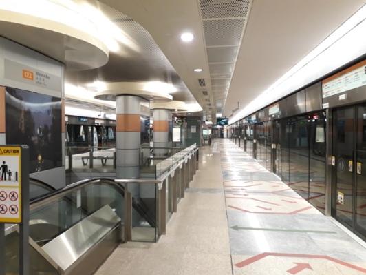 Marina Bay stn Circle line platform4