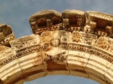 Hadrian Arch2