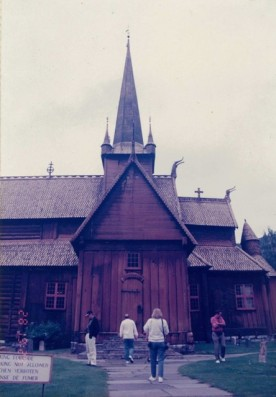 Lom Stave Church 1