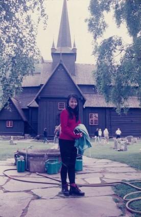 Lom Stave Church 11