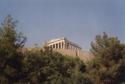 Walking to the Acropolis 3