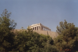 Walking to the Acropolis 3