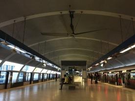 Aljunied MRT platform