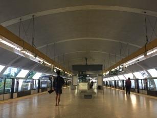 Kallang MRT platform