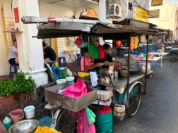 Seow Fong Lye - carrot cake stall