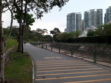 Clementi-Ghim Moh canal for joggers