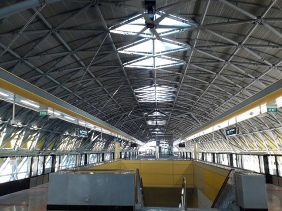 Tuas Crescent MRT platform