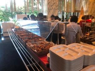 Villa Fontaine breakfast